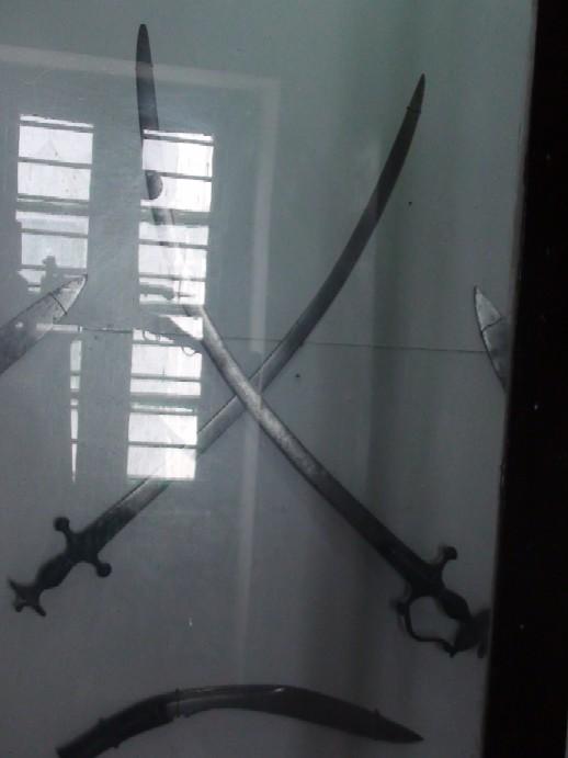 Name:  Bhakti_Thapa_swords.jpg Views: 471 Size:  48.4 KB