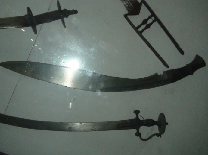 Name:  Jung_Bahadur_Ranas_large_fighting_kukri.jpg