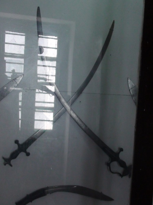 Name:  Bhakti_Thapa_swords.jpg Views: 643 Size:  48.4 KB